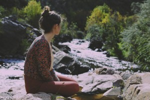 Alone-fashion-girl-indie-nature-favim-com-304892_large