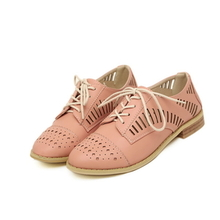 Pretty Flat Heel Women's Leatherette Flats with Hollow-out - Pink